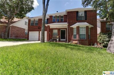 San Antonio Single Family Home For Sale: 15715 Knollrun