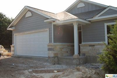 Canyon Lake Single Family Home For Sale: 1094 Fairway Drive