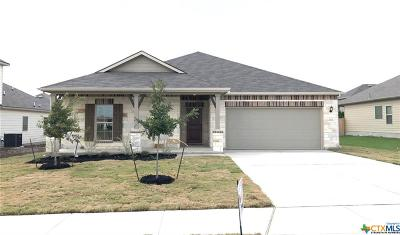 Schertz Single Family Home For Sale: 4536 Meadow Green