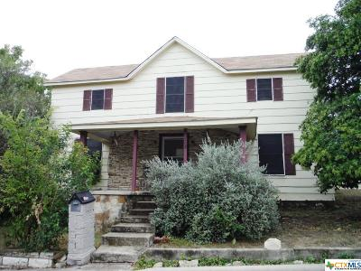Lampasas Single Family Home For Sale: 108 Walnut