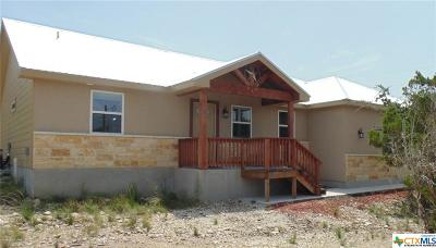 Canyon Lake Single Family Home For Sale: 125 Cody Ct