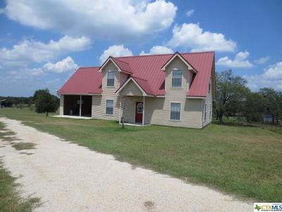 La Vernia Single Family Home For Sale: 601 Fm 2772