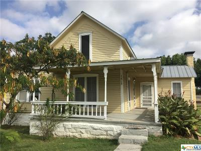 Lampasas Single Family Home For Sale: 1613 Avenue G