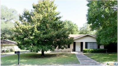 Lampasas Single Family Home For Sale: 1310 Avenue A