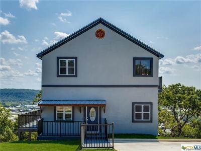 Canyon Lake Single Family Home For Sale: 907 Kindersley