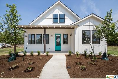 New Braunfels Single Family Home For Sale: 1132 Hauptstrasse