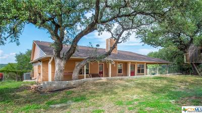 Canyon Lake Single Family Home For Sale: 132 Fox Ridge