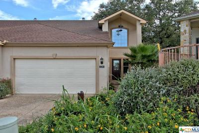 Canyon Lake Condo/Townhouse For Sale: 130 Clearwater Court #7