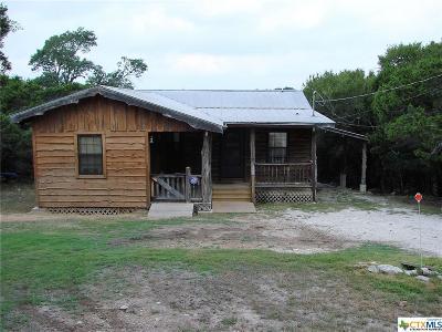 Canyon Lake Single Family Home For Sale: 1580 Lakeshore