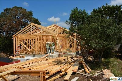 Canyon Lake Single Family Home For Sale: 1460 Deer Run Pass