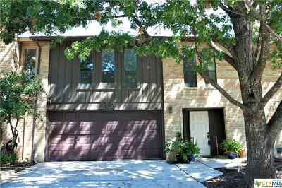 San Marcos Single Family Home For Sale: 212 Scott