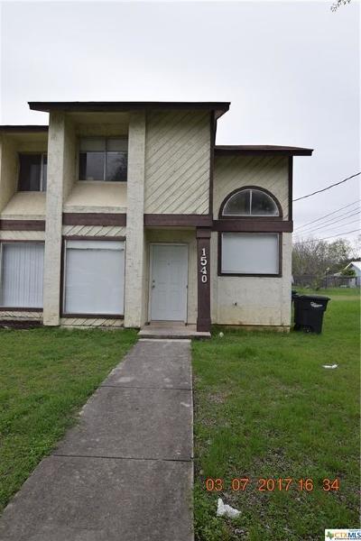 New Braunfels Multi Family Home Pending Take Backups: 1540/1542 Katy Street