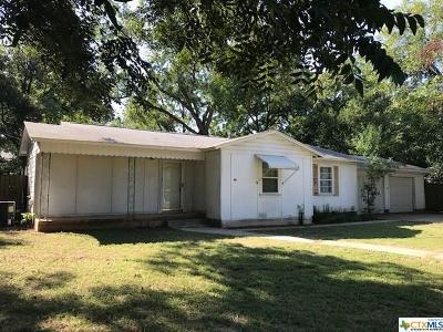 San Marcos Single Family Home For Sale: 411 Sarah