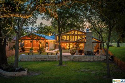 Guadalupe County Single Family Home For Sale: 1431 Zipp Road
