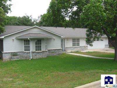 Rental For Rent: 809 Oak Hill Drive