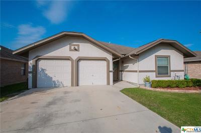 New Braunfels TX Single Family Home For Sale: $209,500