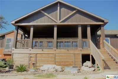 New Braunfels TX Single Family Home For Sale: $399,999