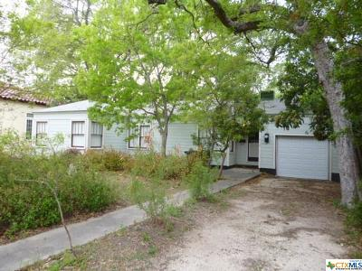 New Braunfels Single Family Home For Sale: 660 Coll