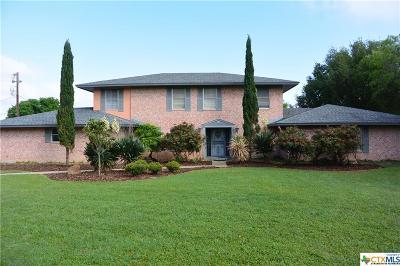 Schertz Single Family Home For Sale: 909 Fawn