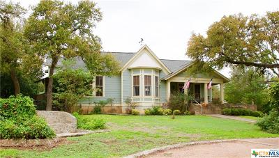 San Marcos Single Family Home For Sale: 702 Burleson