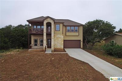 Canyon Lake Single Family Home For Sale: 1521 Skyline Hills