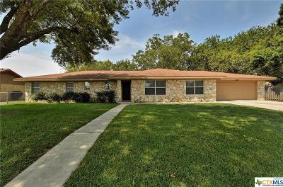 New Braunfels Single Family Home For Sale: 1230 Hollyhock