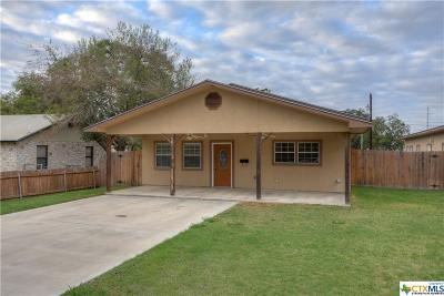 Seguin Single Family Home For Sale: 1058 Weinert
