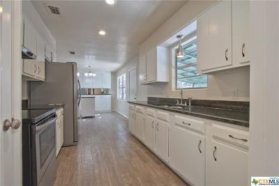 Canyon Lake TX Single Family Home For Sale: $184,250