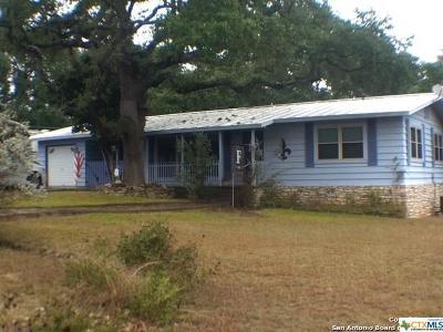 Canyon Lake TX Single Family Home For Sale: $184,900