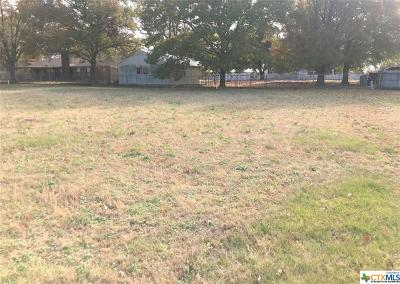 Milam County Residential Lots & Land For Sale: 905 W 25th