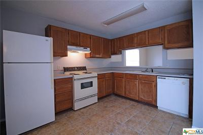 Killeen Single Family Home For Sale: 2105 Dickens Drive