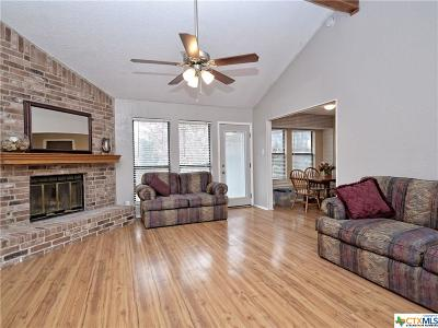 Georgetown Single Family Home For Sale: 212 Woodstone