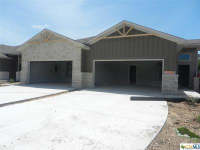 New Braunfels Multi Family Home For Sale: 2208 & 2210 Avery Village