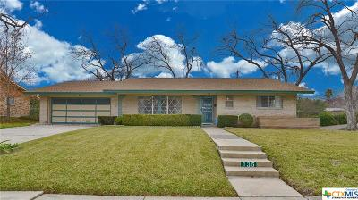 San Antonio Single Family Home For Sale: 135 Meadowood Ln