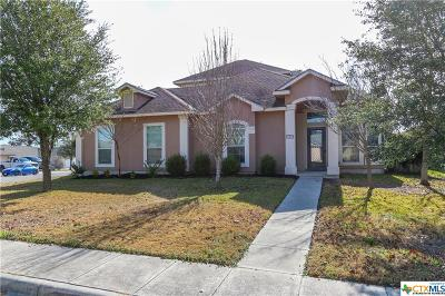 New Braunfels Single Family Home For Sale: 1611 Sunblossom