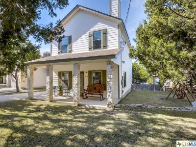 Canyon Lake Single Family Home For Sale: 1213 Lakeview Drive