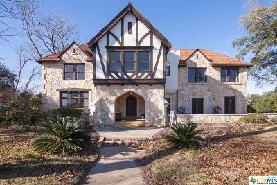 Single Family Home For Sale: 1125 Magnolia