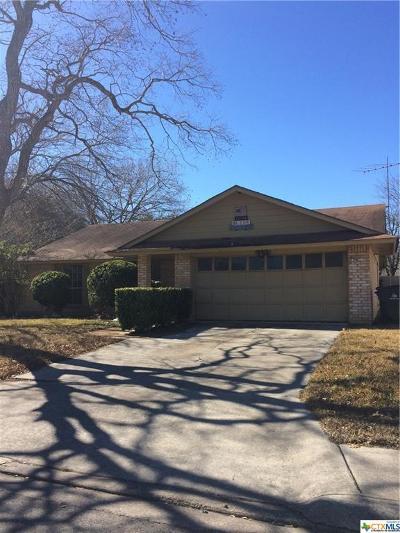 Seguin Single Family Home For Sale: 156 Oldtowne