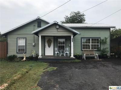 Belton Single Family Home For Sale: 611 Avenue O (Aka Fm 436 & Holland Rd.)