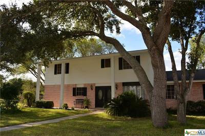 Seguin Single Family Home For Sale: 315 Schmidt Rd