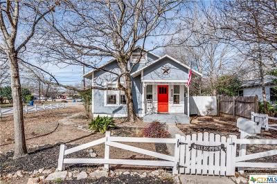New Braunfels TX Single Family Home For Sale: $229,900