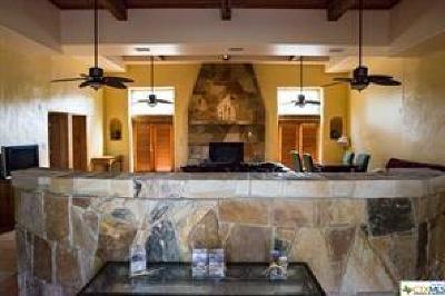 Canyon Lake Single Family Home For Sale: 417 Simon Crest