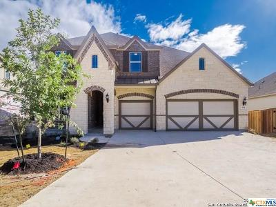 New Braunfels Single Family Home For Sale: 936 Carriage Loop