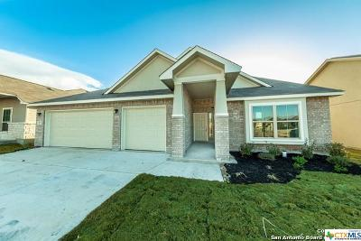 New Braunfels Single Family Home For Sale: 837 Stratus Path
