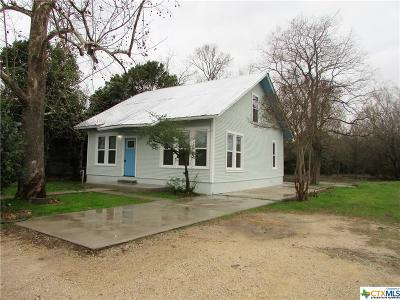 Seguin Single Family Home For Sale: 1022 Pine