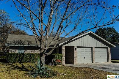 New Braunfels TX Single Family Home For Sale: $185,995