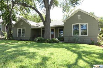 New Braunfels Single Family Home For Sale: 368 S Walnut Avenue