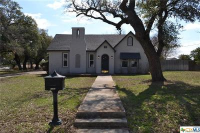 Lampasas Single Family Home For Sale: 1004 West 4th Street