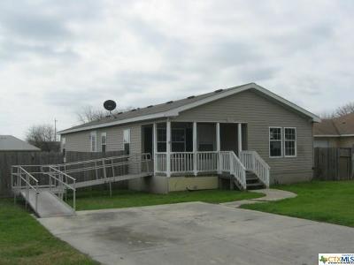 Seguin Single Family Home For Sale: 511 Roosevelt Drive