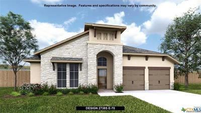 New Braunfels Single Family Home For Sale: 651 Glade View